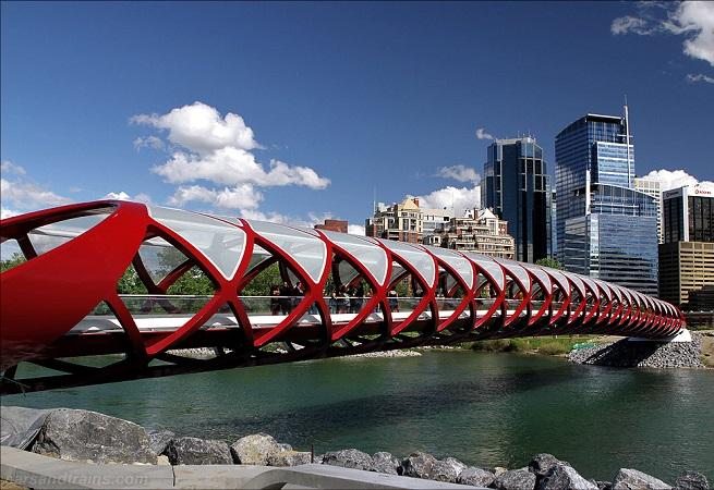 Peace-Bridge-Santiago-Calatrava-Calgary-2
