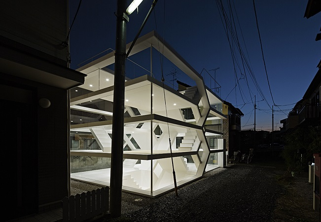 s-house-esterno-Glass-House-Tokyo